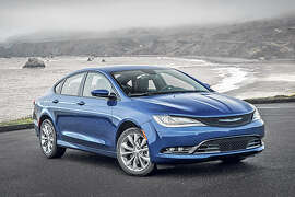 2015 Chrysler 200 (photo courtesy Chrysler)