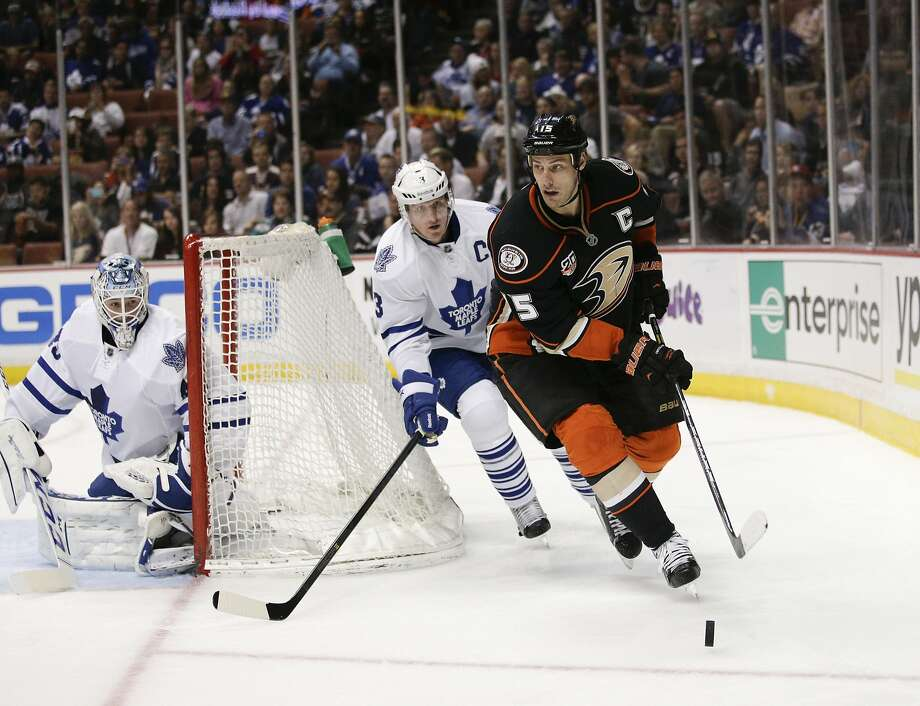 The Ducks' Ryan Getzlaf, skating ahead of the Maple Leafs' Dion Phaneuf, deserves the Hart Trophy as the league's MVP. Photo: Jae C. Hong, Associated Press