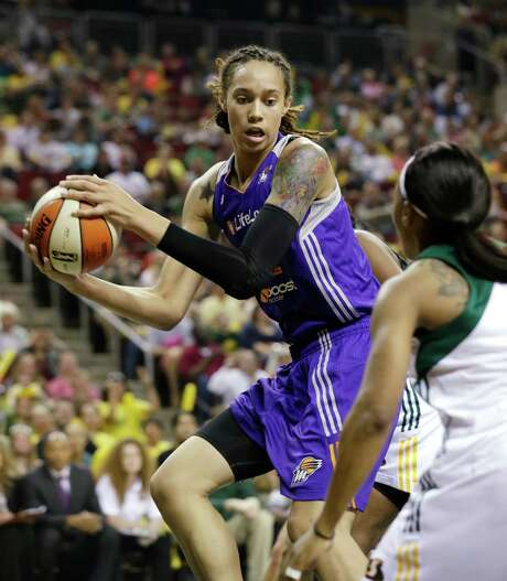 Brittney Griner begins her second pro season with the Phoenix Mercury in a few weeks. Photo: Elaine Thompson, STF / AP