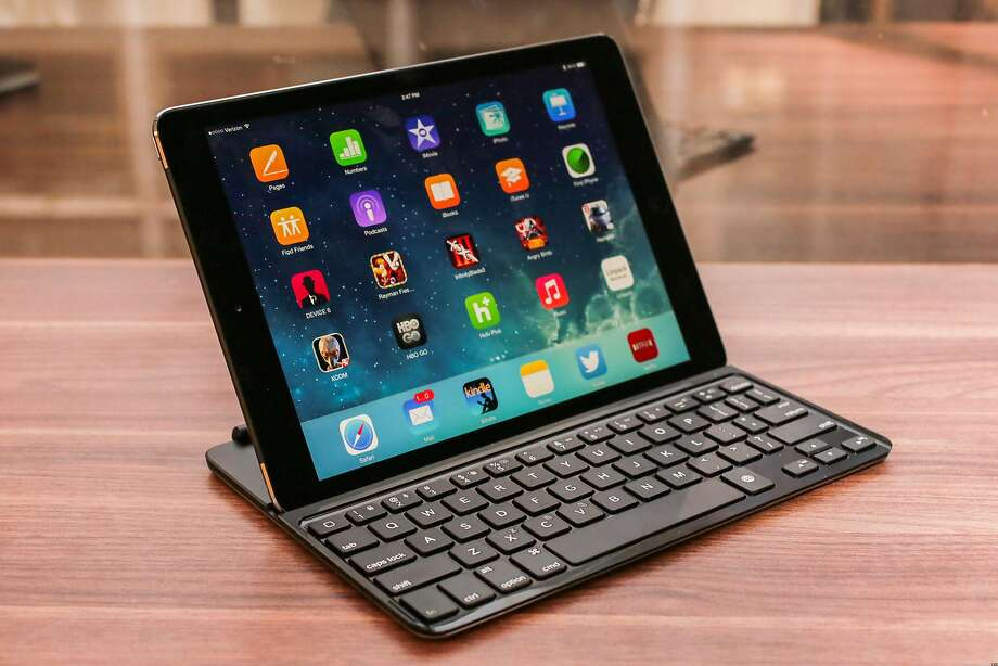 Logitech_Ulrathin_Keyboard_Cover_for_iPad_Air Photo: Cnet