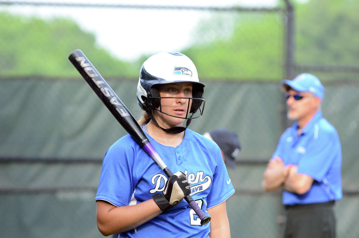 Darien's Erika Osherow (21) at bat during the 2013 CIAC Class LL Connecticut Girls State Softball Playoffs against Middletown High School at Darien High School on Wednesday, May 29, 2013.