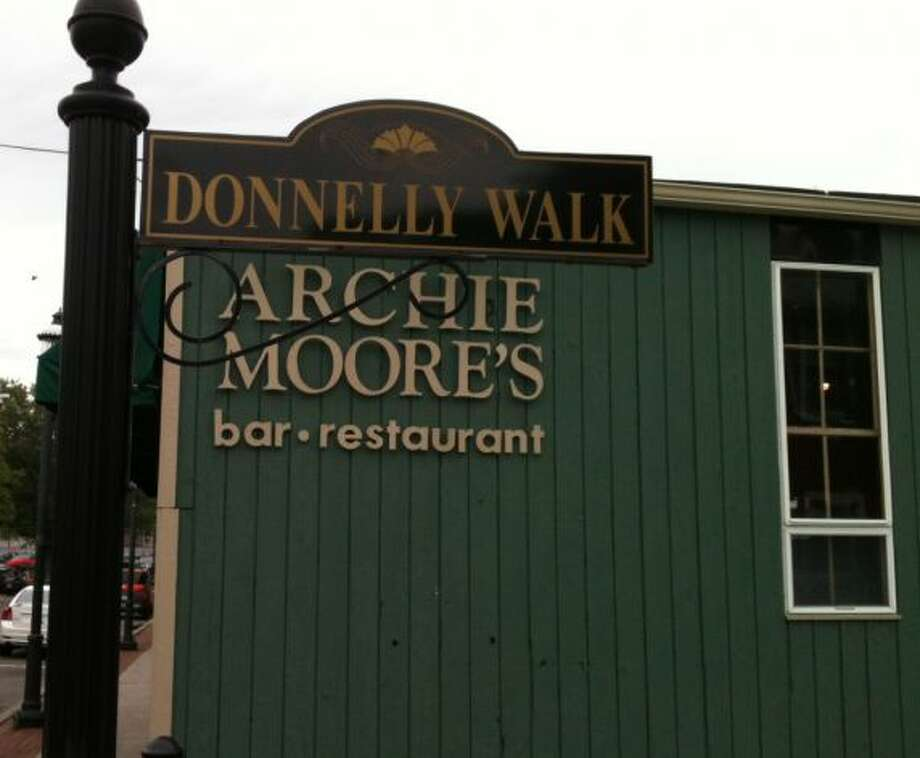 Another popular spot in Fairfield is Archie Moore's. Great place for friends to gather and watch the UConn game and down some really good food. Friendly atmosphere will plenty of television to get a good view of the game.