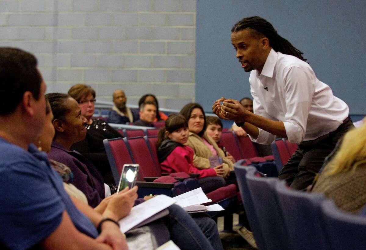 LeDerick Horne, national disability advocate and board member of Eye to Eye, speaks during