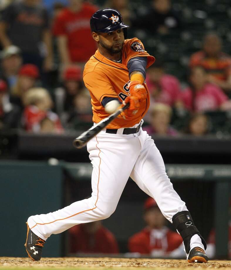 Astros shortstop Jonathan Villar hits a double. Photo: Karen Warren, Houston Chronicle