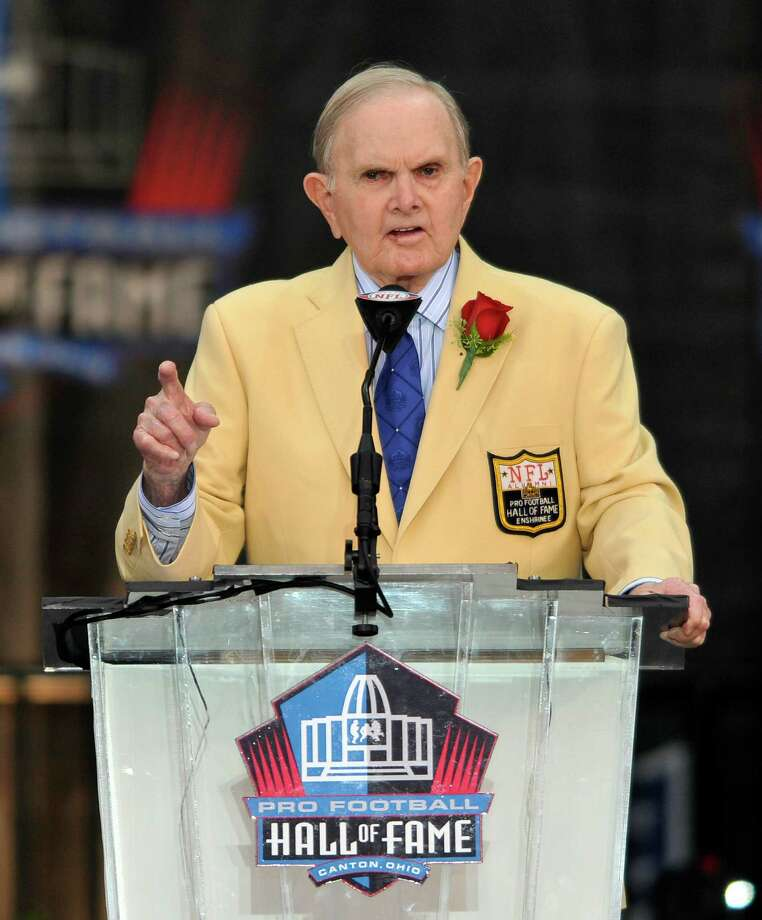 Founder and owner of the Buffalo Bills' Ralph Wilson Jr. speaks during the Pro Football Hall of Fame induction ceremony at the Pro Football Hall of Fame, Saturday, Aug. 8, 2009, in Canton, Ohio. (AP Photo/David Richard) ORG XMIT: OHTD107 Photo: David Richard / AP2009
