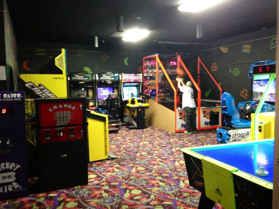 This guy had the arcade all to himself!