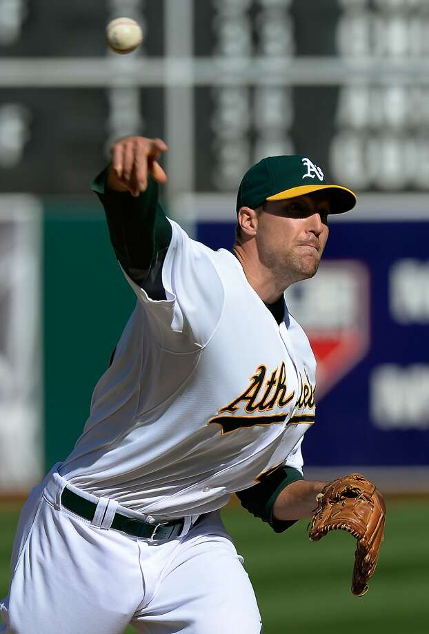 After allowing the opposition to go ahead twice in the first week, Jim Johnson locked down Sunday's win. Photo: Thearon W. Henderson, Getty Images