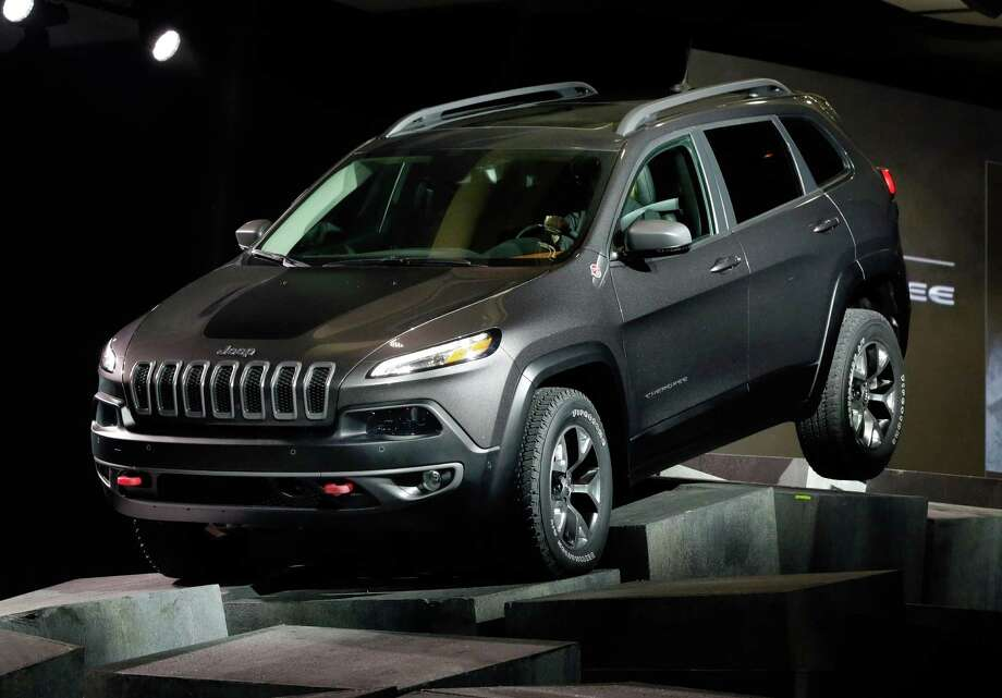 Small SUVs:Jeep Cherokee:MSRP: $22,995Source: Consumer Reports Photo: Richard Drew