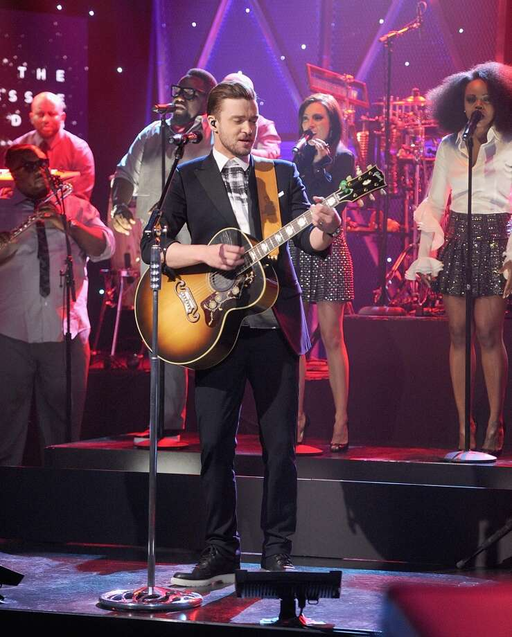"NEW YORK, NY - FEBRUARY 21:  Actor/musician Justin Timberlake performs on ""The Tonight Show Starring Jimmy Fallon"" at Rockefeller Center on February 21, 2014 in New York City.  (Photo by Jamie McCarthy/Getty Images for The Tonight Show Starring Jimmy Fallon)"