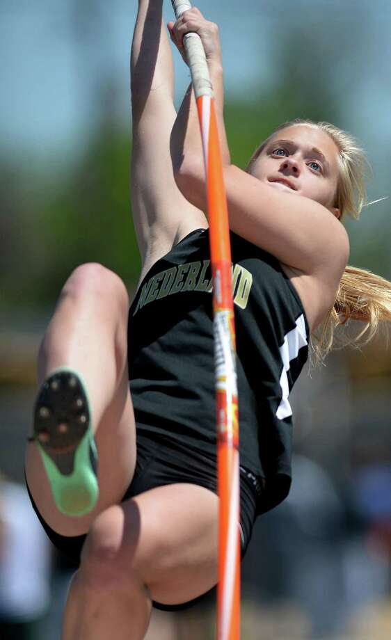 Nederland's Alyssa Gregory pole vaults during competition at the Jaguar's stadium on Monday. 