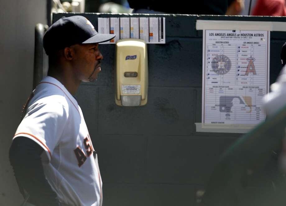 Astros manager Bo Porter in the dugout during the seventh inning. Photo: Karen Warren, Houston Chronicle