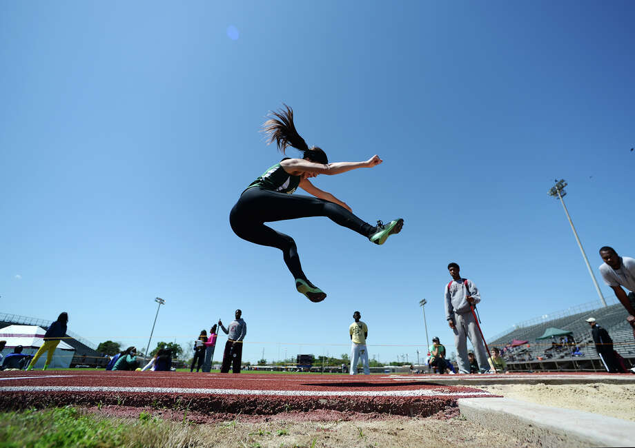 The District 20-4A track meet was held at Babe Zaharias Park on Monday. Photo taken Monday, 4/7/14 Jake Daniels/@JakeD_in_SETX Photo: Jake Daniels / ©2014 The Beaumont Enterprise/Jake Daniels