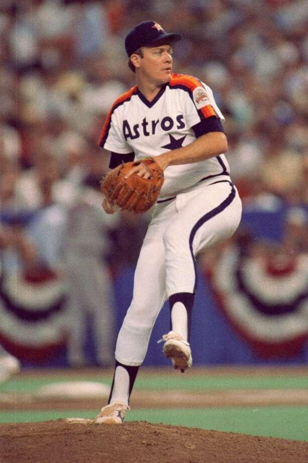 Mike Scott -- No. 33 Photo: Houston Chronicle File