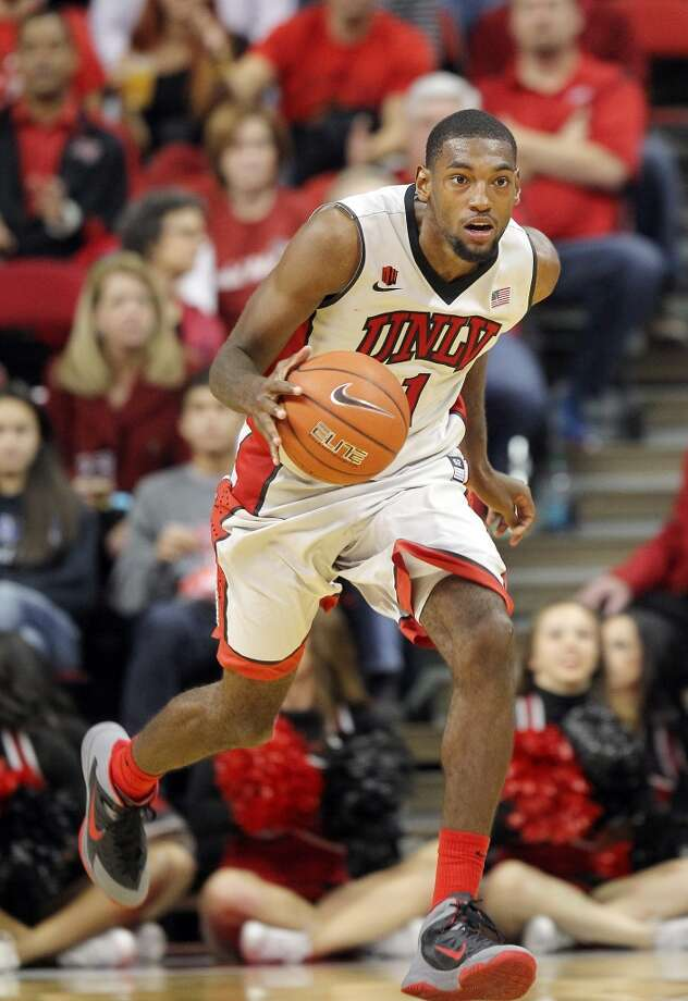 Roscoe Smith  Position: Guard/Forward  Ht./Wt: 6-8/215 lbs  School: UNLV  Classification: Junior   2013-14 stats: 11 points, 11 rebounds, one assist per game Photo: Isaac Brekken, Associated Press