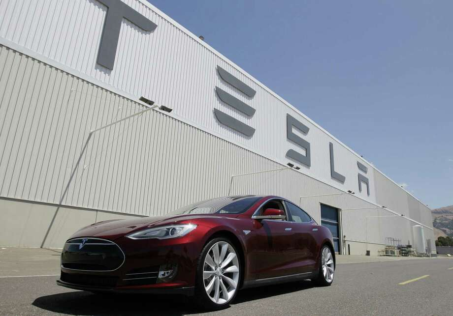 Tesla should not be exempted from Texas' motor vehicle franchise law, which protects consumers and allows plenty of opportunity for innovation. Photo: Associated Press / AP