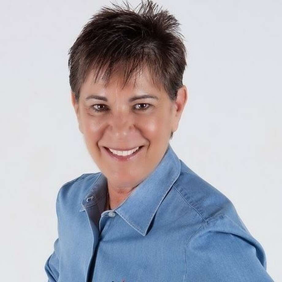 Social media consultant and trainer Shelley Roth will lead a webinar on April 23.
