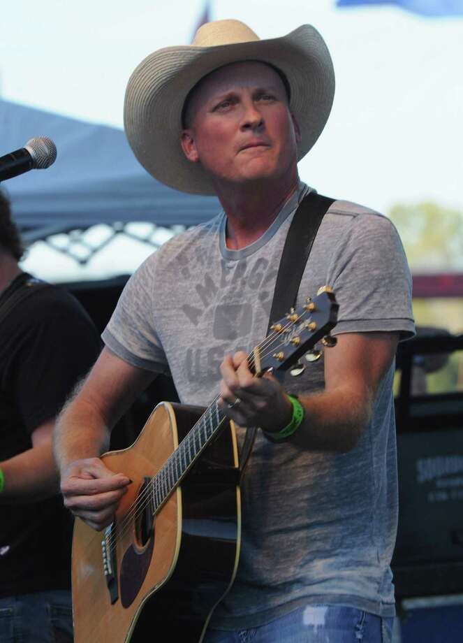 Musician Kevin Fowler Photo: Rick Diamond / Getty Images / 2011 Getty Images