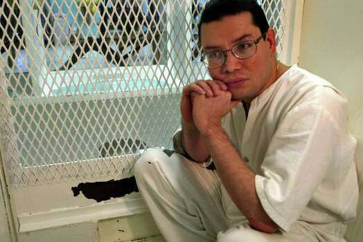 """Javier Suarez Medina Executed: Aug. 14, 2002 Age: 33 Incident age: 19 Incident date: Dec. 13, 1988 County: Dallas TDCJ arrival: June 5, 1989  Offense: According to ClarkProsecutor.org, Medina was convicted of the shooting death of Lawrence Rudy Cadena, a Dallas police officer who was undercover on a drug bust outside of a convenience store. Last statement (from ClarkProsecutor.org): """"I'd like to apologize to the Cadena family for whatever hurt and suffering I've caused them,"""" Medina said in his lengthy last statement. He told his family that he was going to """"a better place ... I'm going home. I'm at peace. I'm at rest."""" Switching to Spanish, Medina then addressed the people of Mexico who campaigned to save his life. """"Thanks for your support and for never leaving me alone. Viva Mexico."""" Switching back to English, he told the Cadena family again, """"I am truly sorry. May you find peace in this."""" His last statement thus concluded, the lethal injection was started. Medina sang """"Amazing Grace"""" as the deadly chemicals flowed into his body. As he recited the phrase, """"I once was lost, but now am found,"""" he lost consciousness. Photo: RICHARD MICHAEL PRUITT, Associated Press / THE DALLAS MORNING NEWS"""