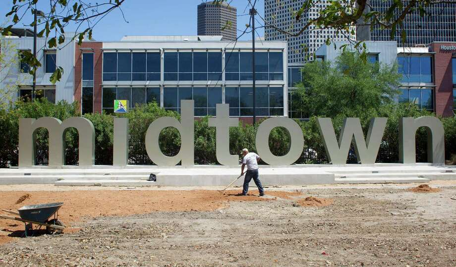 21. HoustonPeople ages 25-34: 15 percentMedian rent: $860Median income: $28,306Best neighborhood for millennials: Midtown Photo: Johnny Hanson, Houston Chronicle / © 2014  Houston Chronicle