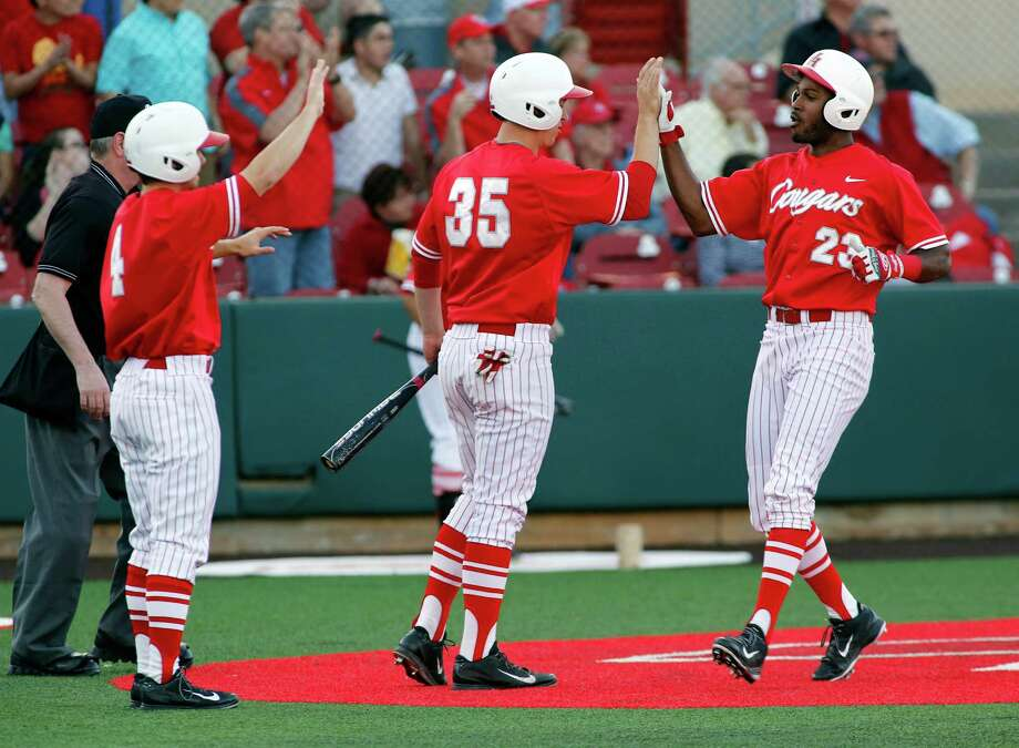 The Coogs will face Bryant on Friday. Photo: Craig Hartley, For The Chronicle / Photos by Craig Hartley