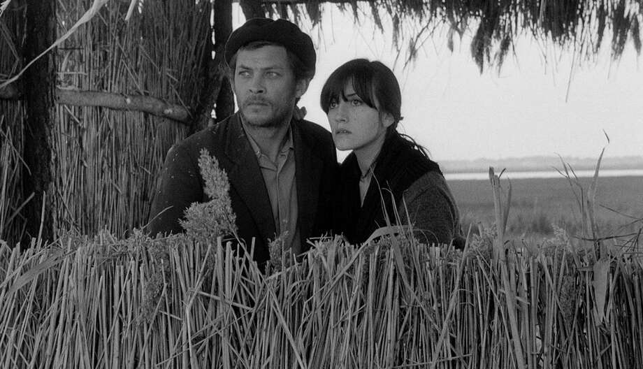 """In an undated handout photo, Geraldo del Rey and Isabel Ruth in Paulo Rochaa€™s 1966 film a€œChange of Life.a€ The Art of the Real series at Lincoln Center in New York, which begins April 5, 2014, looks at documentaries like """"Change of Life"""" from years past that blurred lines between truth and fiction, observation and intervention. (Harvard Film Archives via The New York Times) -- NO SALES; FOR EDITORIAL USE ONLY WITH STORY SLUGGED FILM REALITY ADV06 BY ERIC HYNES. ALL OTHER USE PROHIBITED. -- PHOTO MOVED IN ADVANCE AND NOT FOR USE - ONLINE OR IN PRINT - BEFORE APRIL 06, 2014. --  ORG XMIT: XNYT24 Photo: HARVARD FILM ARCHIVES / HARVARD FILM ARCHIVES"""