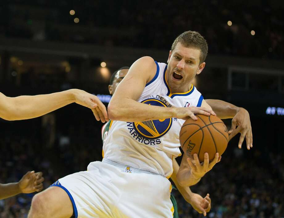 Forward David Lee hopes to return before the end of the season to tune up for the playoffs. Photo: Kelley L Cox, Reuters