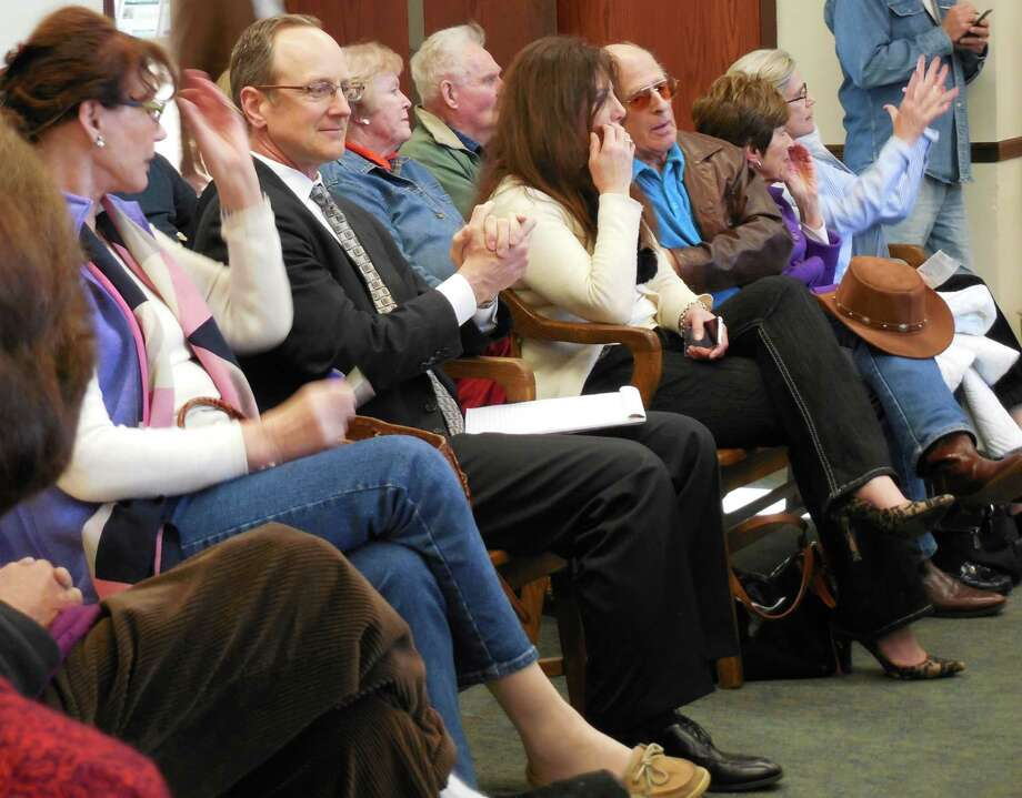 Several dozen residents who oppose some proposed changes at Compo Beach by the Compo Beach Site Improvement Committee jammed into the meeting room at Town Hall Wednesday afternoon. Photo: Anne M. Amato / westport news