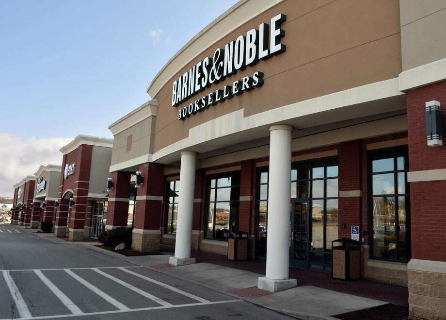 Barnes & Noble store at Route 5 and Balltown Road Wednesday April 9, 2014, in Niskayuna, NY.  (John Carl D'Annibale / Times Union) Photo: John Carl D'Annibale / 00026434A