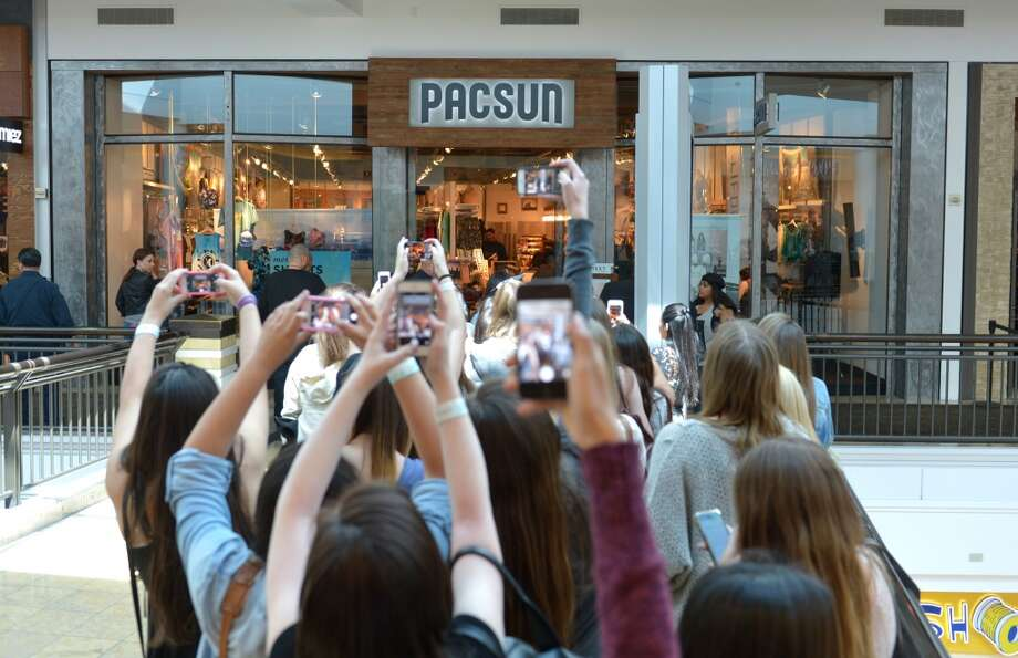 Kendall and Kylie Jenner launch their exclusive spring collection at PacSun in San Jose, Calif. on Saturday, April 5, 2014. Photo: John Shearer/Invision For PacSun/AP Images
