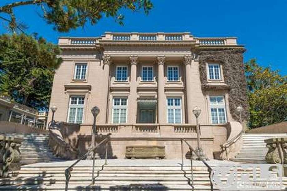 The sandstone-faced facade Photo: MLS