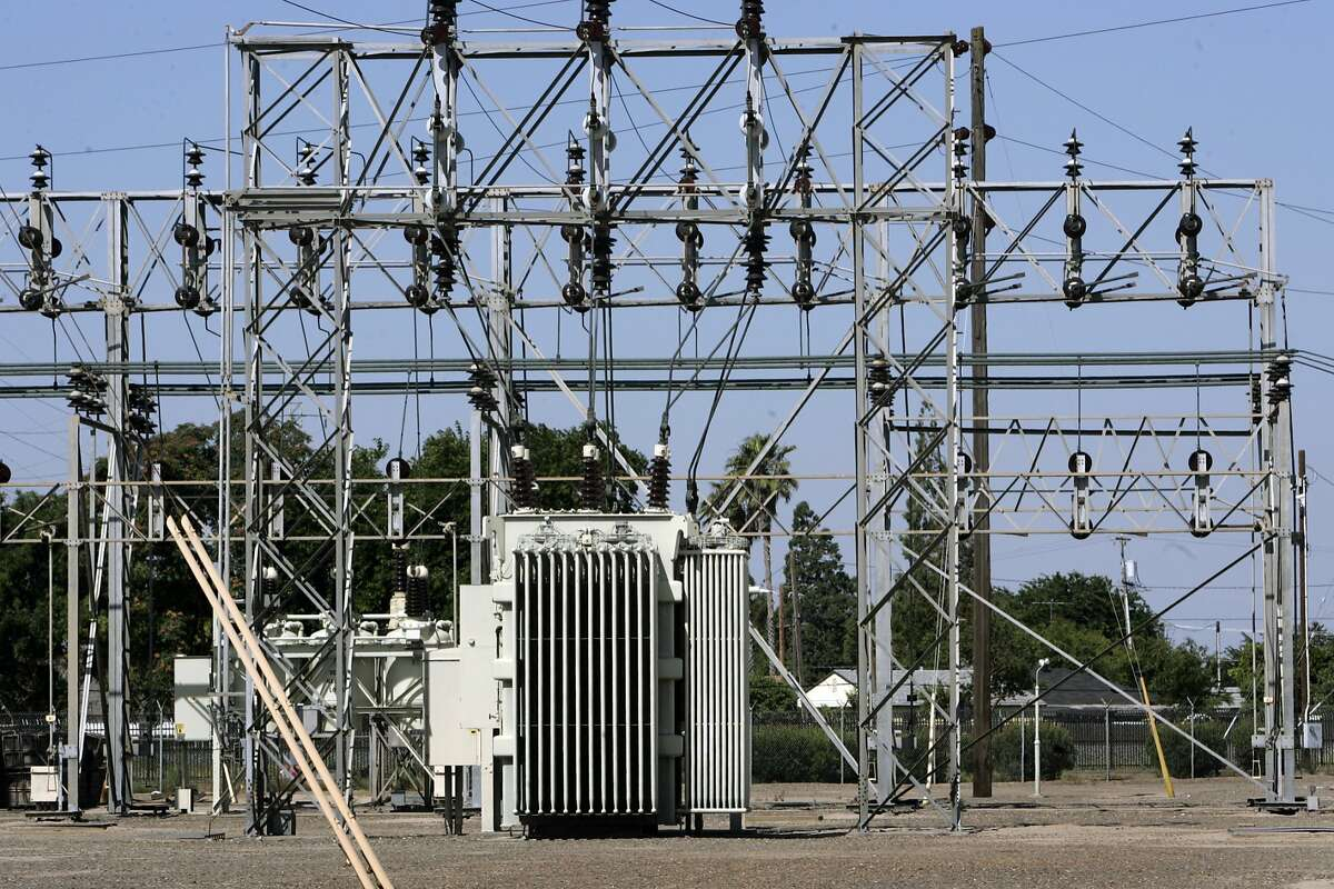 A PG&E power substation, in Manteca, Calif..
