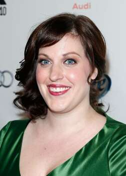 The 35-year old daughter of father Davis Tolman and mother Valerie Tolman, 170 cm tall Allison Tolman in 2017 photo