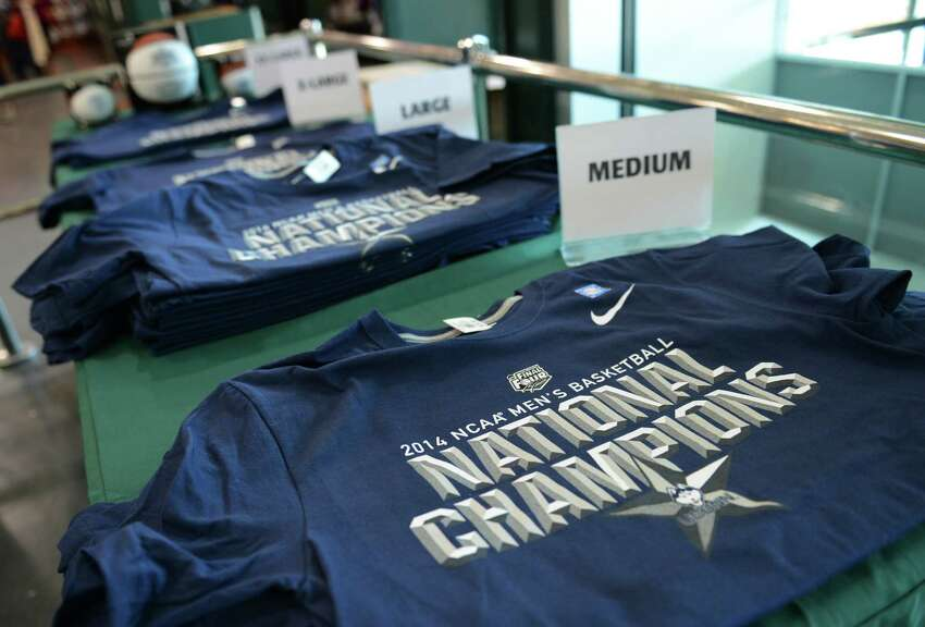Best-selling items : University of Connecticut championship gear