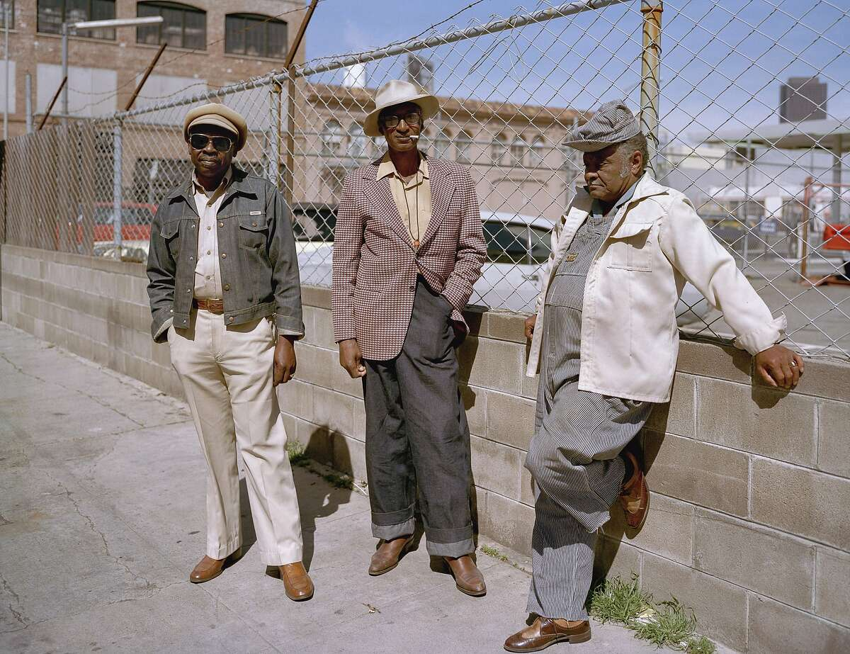 """Longtime neighbors, Langton at Folsom Streets, 1980. Photos from the book """"South of Market, 1978-1986"""" by Janet Delaney"""