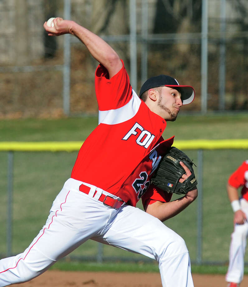 Foran pitcher Ian Zona, during baseball action against Notre Dame of West Haven in Milford, Conn. on Thursday April 10, 2014. Photo: Christian Abraham / Connecticut Post