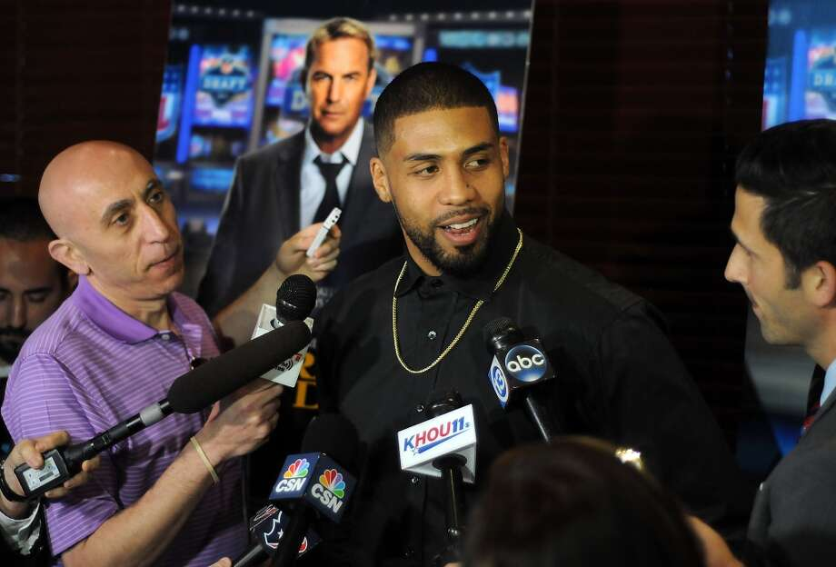 "Arian Foster talks to the media before a screening party for the movie ""Draft Day"" at the Texans Grille. Photo: Dave Rossman, For The Houston Chronicle"