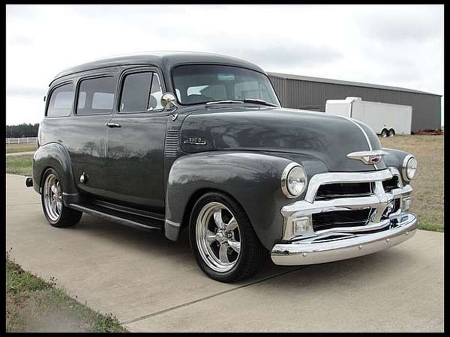 1954 Chevrolet Suburban Photo: Courtesy Of Mecum Auctions