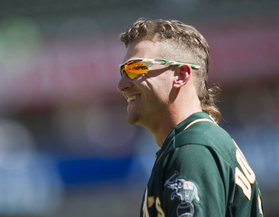 Oakland Athletics third baseman Josh Donaldson (20) against the Minnesota Twins in the fifth inning of their baseball game on Thursday, April 10, 2014 in Minneapolis. Photo: ANDY CLAYTON-KING, Associated Press