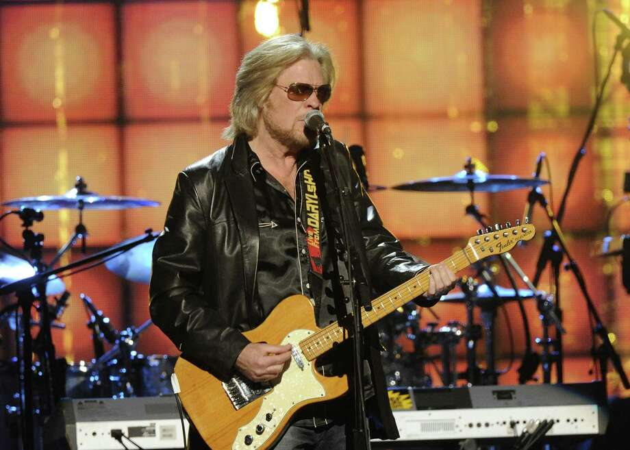 Hall of Fame Inductee, Hall and Otes, Daryl Hall performs at the 2014 Rock and Roll Hall of Fame Induction Ceremony on Thursday, April, 10, 2014 in New York. (Photo by Charles Sykes/Invision/AP) ORG XMIT: NYCS464 Photo: Charles Sykes, AP / Invision