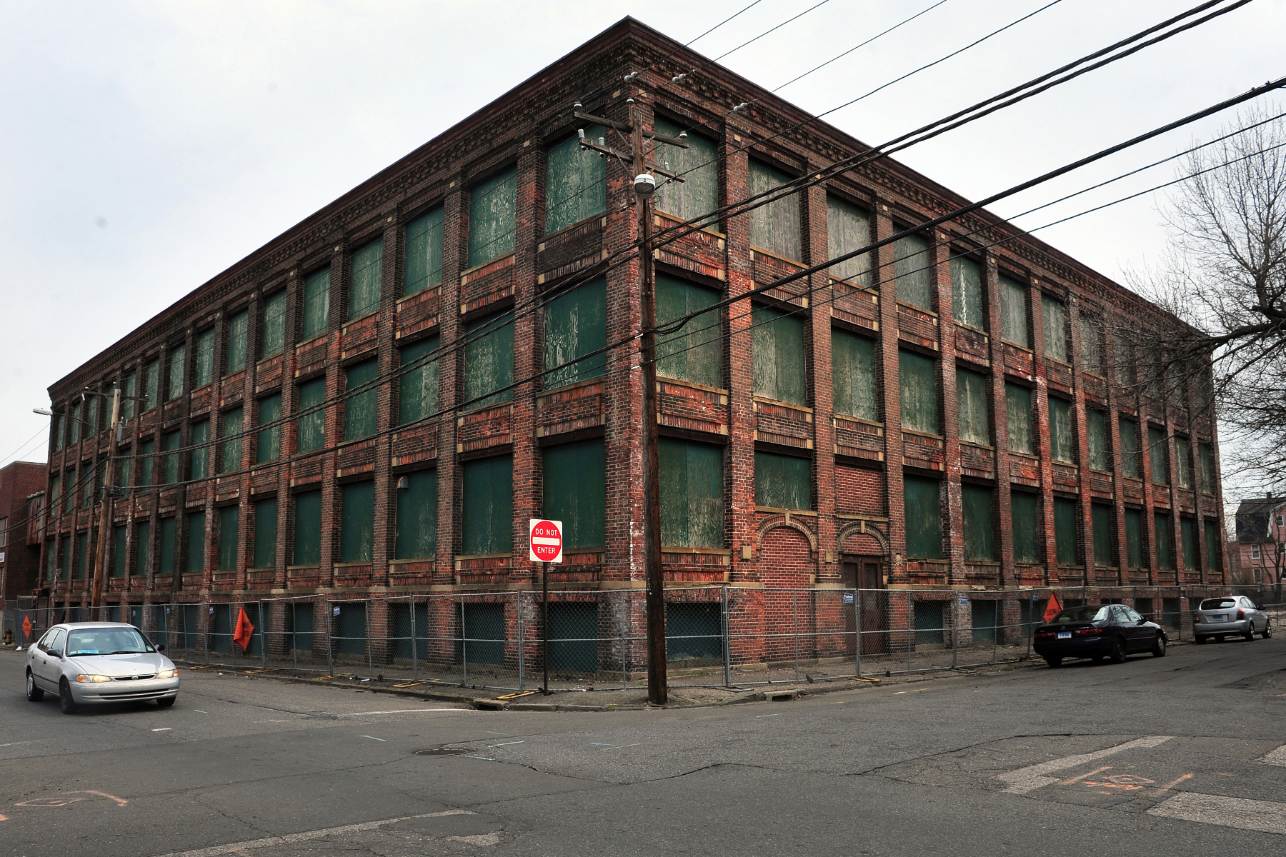 New plans in works for warnaco property connecticut post for Swanson s fish market