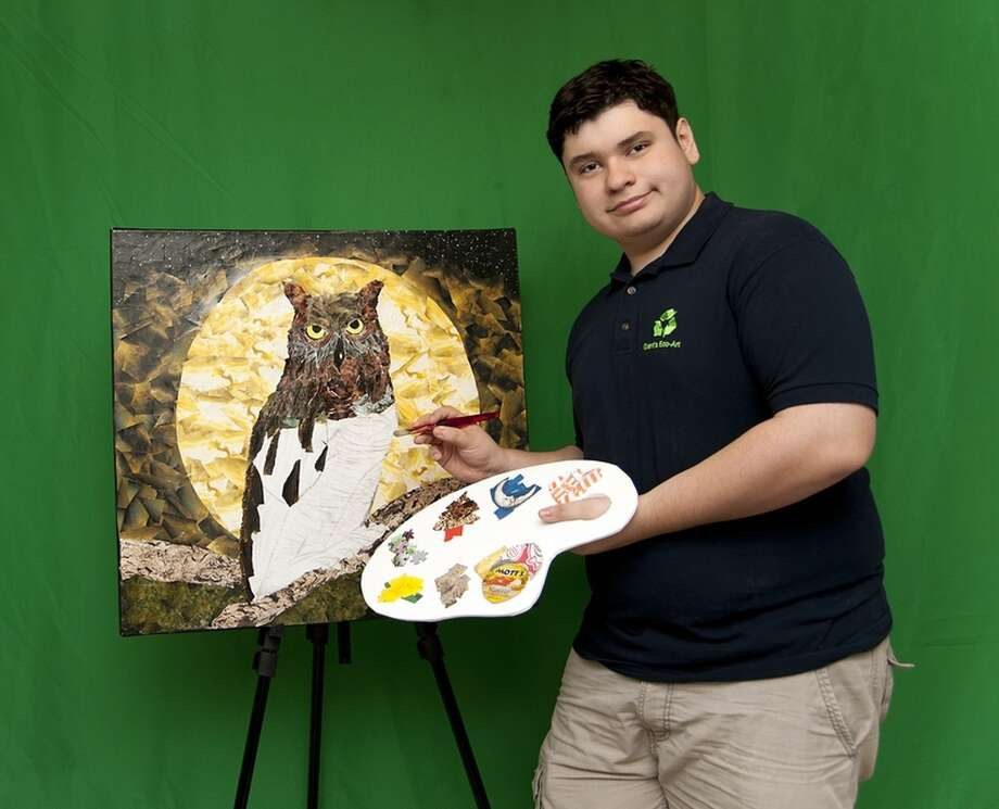 Grant Manier producing his works of art to be used with promotional materials. Photo: Sharon McClung Photography / Sharon McClung Photography 2012