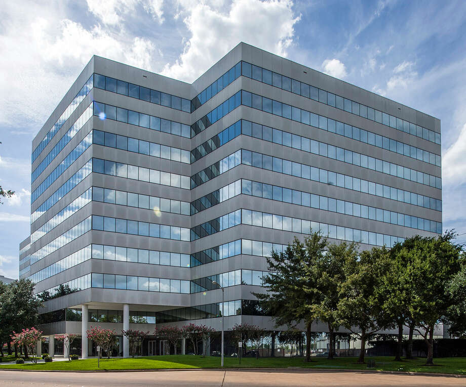 Several lease deals have been signed at Loop Central, a three-building office complex near U.S. 59 and the West Loop. / ONLINE_YES