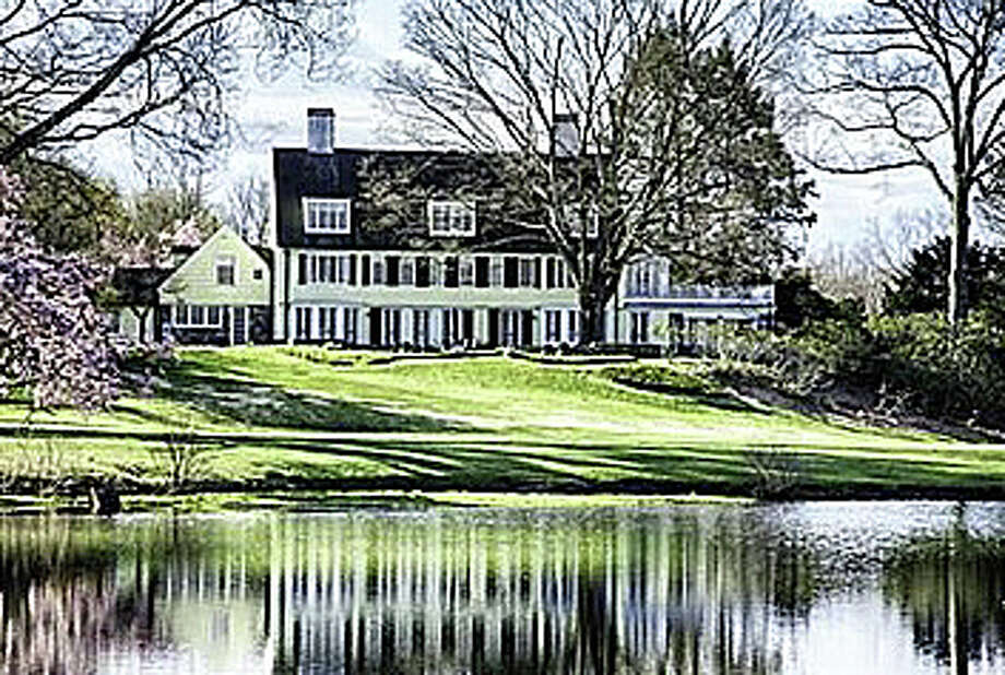 The property at 1040-1080 Hulls Farm Road was recently sold for $6 million. Photo: Contributed Photo / Fairfield Citizen