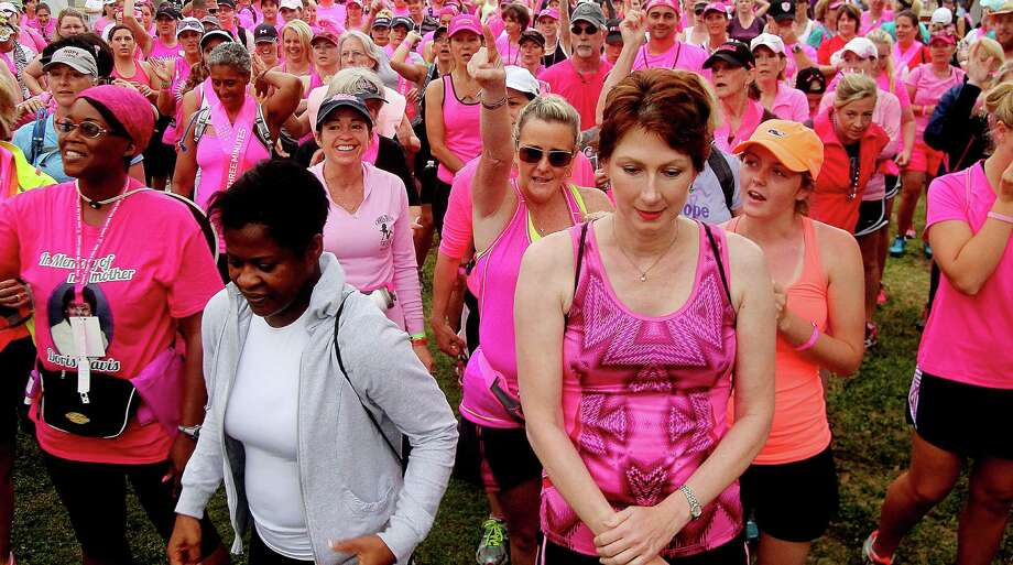 The 2nd leg of the Avon Walks for Breast Cancer Houston starting line at the Avon Walk Wellness Village, Rice University. More than 1400 participants registered for the event. Photo by Pin Lim. Photo: Pin Lim, Freelance / Copyright Pin Lim.