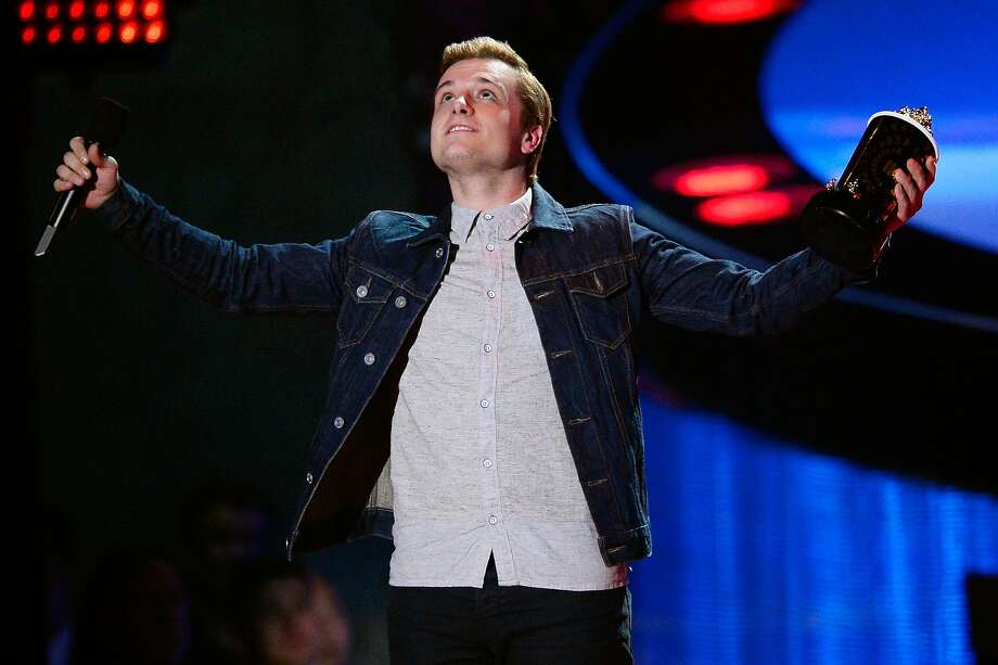 Actor Josh Hutcherson speaks onstage at the 2014 MTV Movie Awards at Nokia Theatre L.A. Live on April 13, 2014 in Los Angeles, California. Photo: Kevork Djansezian, Getty Images For MTV