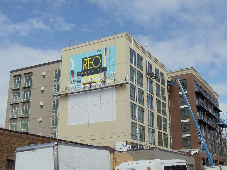The REO Flats mural underway. Photo: Madrona Real Estate Services / Copyright 2009