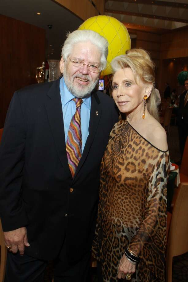 Chairs Gerald Franklin and Joan Schnitzer Levy at the ESCAPE Celebrity Serve Benefit. Photo: Gary Fountain, For The Chronicle