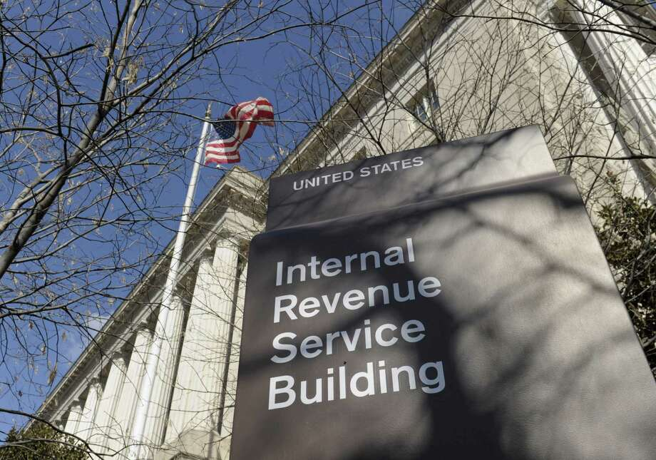 A reader likes a recent column warning of I.D. theft and fraud during tax-refund season. He offers a way to thwart thieves. Photo: Associated Press File Photo / AP
