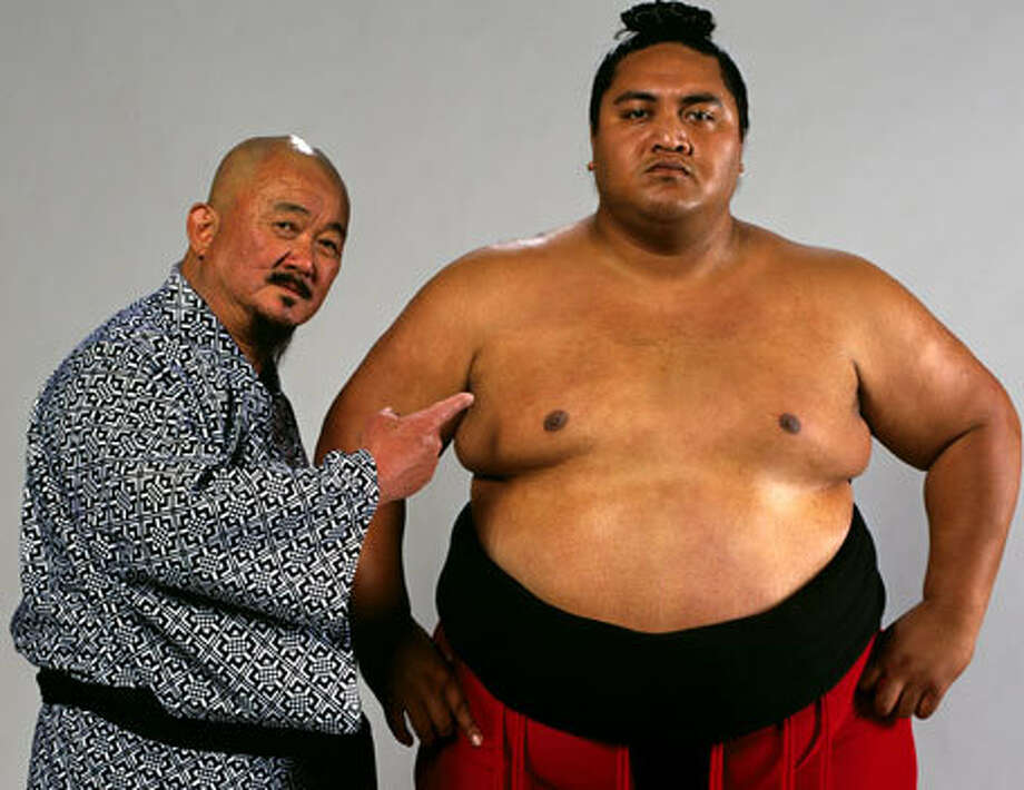 Rodney Anoa'i, better knwon as Yokozuna, died on October 2000 at the age of 34 from a pulmonary edema.