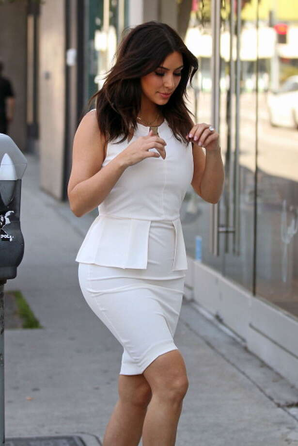 Kim Kardashian is seen making a stop at her clothing store, Dash, on March 17, 2014 in Los Angeles, California.  (Photo by Pixplus/Bauer-Griffin/GC Images) Photo: Pixplus/Bauer-Griffin, GC Images / 2014 Bauer-Griffin